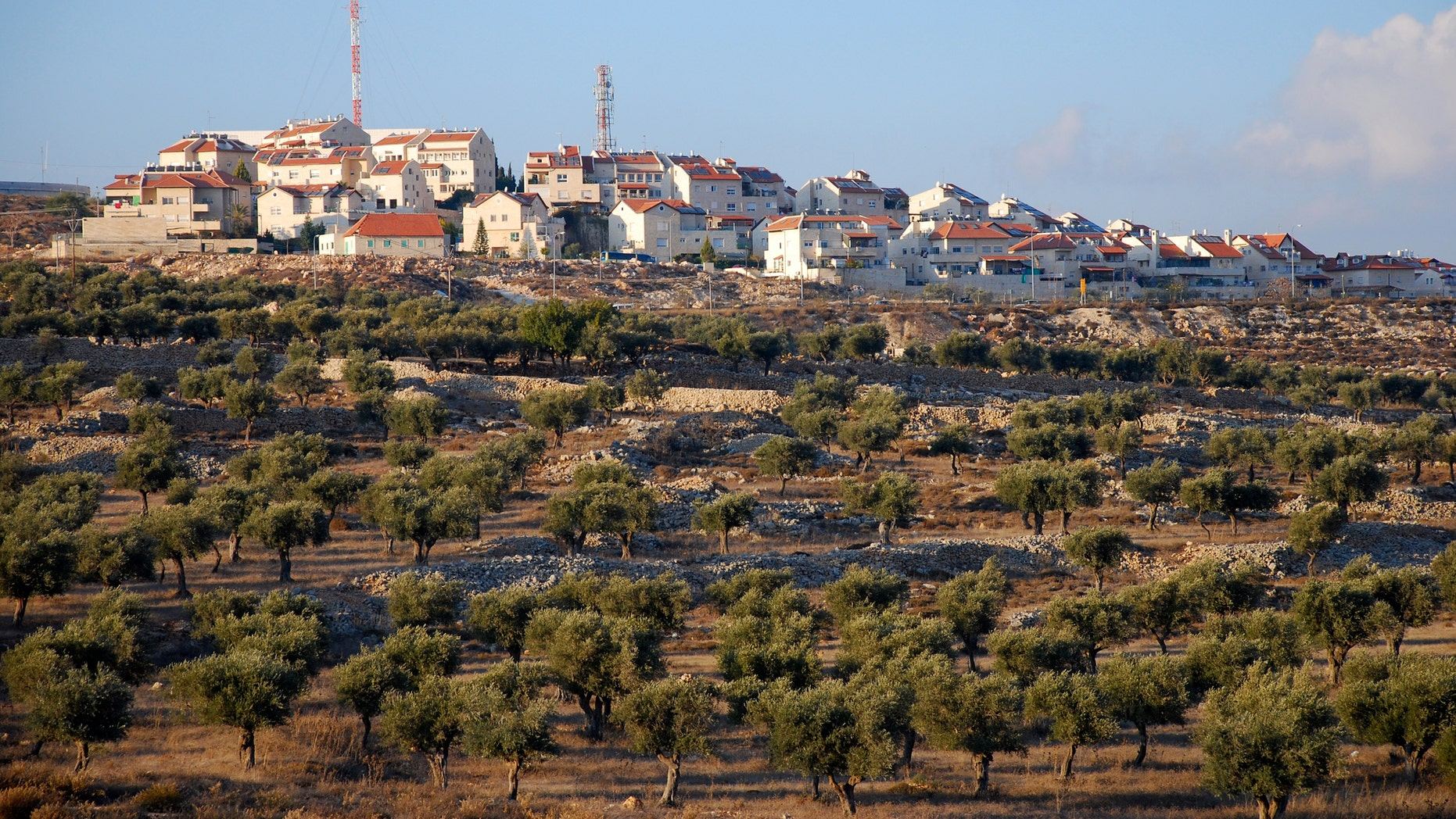 Airbnb pulls homes listed in West Bank