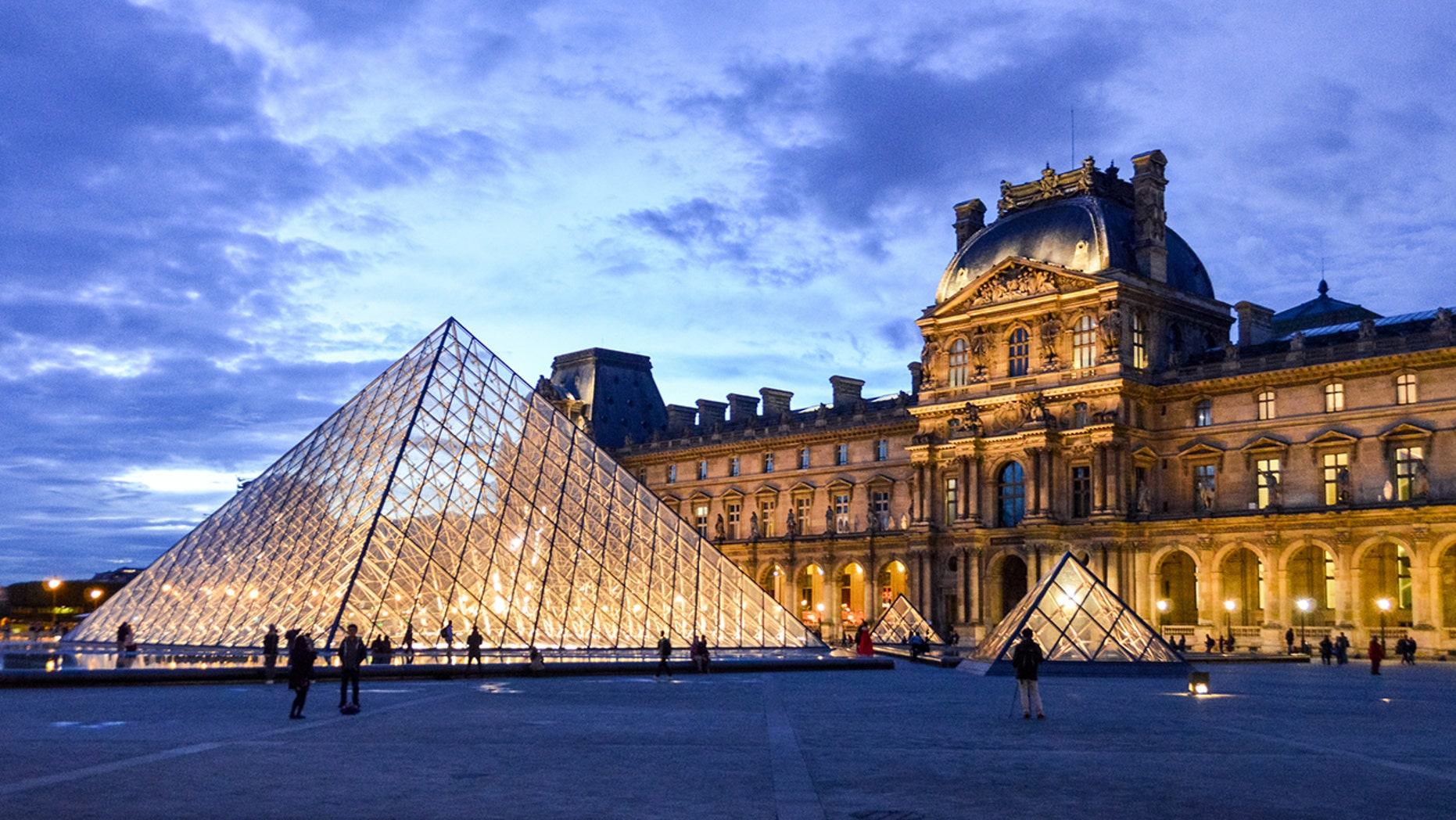 Winners of a new Airbnb contest will be able to spend the night in the Louvre Museum in Paris, France. (iStock)