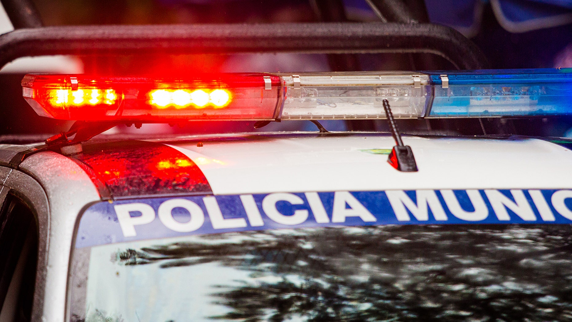 A mob in Mexico is accused of beating and lighting two men on fire who were accused of child organ trafficking on a false rumor spread of WhatsApp. (istock)