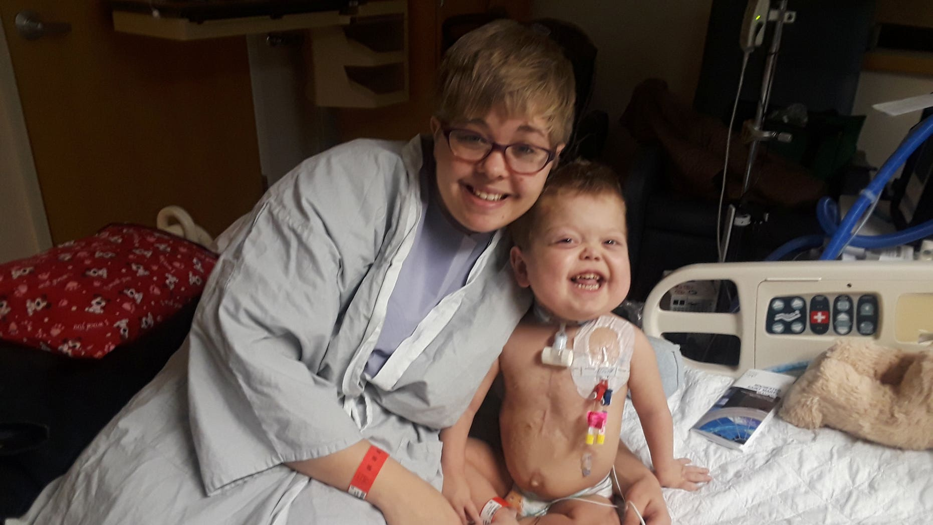 Jace Josephson with his mom Akasha are pictured ahead of the kidney transplant.