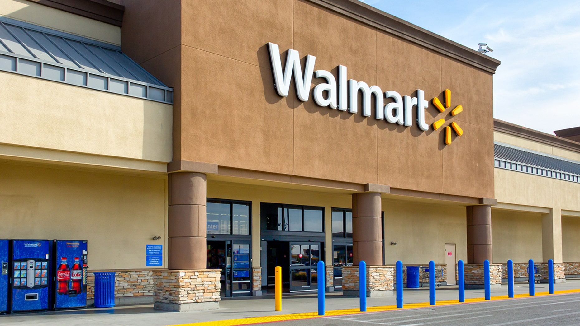 A mystery man who called himself Santa Claus paid for everyone's layaway bills at a Walmart in Vermont.