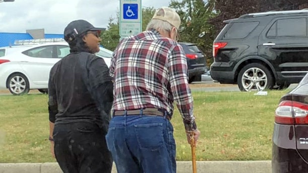 A Burger King employee has gone viral for her act of kindness.