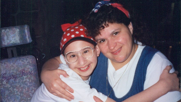 The real Dee Dee, right, and Gypsy Rose Blanchard.