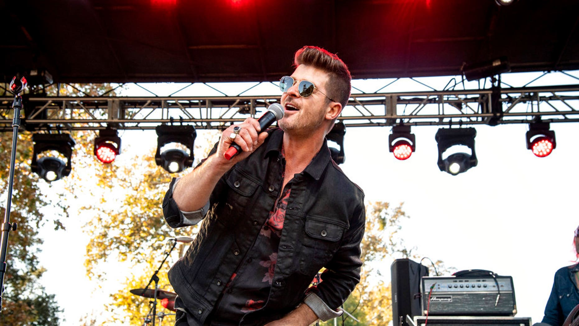 Robin Thicke performing at One Enjoy Malibu at King Gillette Ranch.