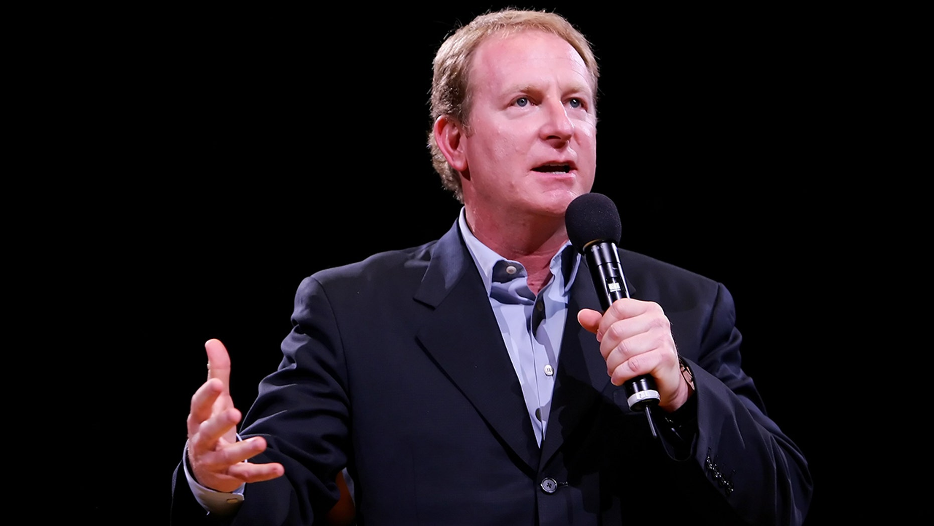The owner of Phoenix Sun, Robert Sarver, was blown up on Wednesday at a city council meeting. (Getty Images)
