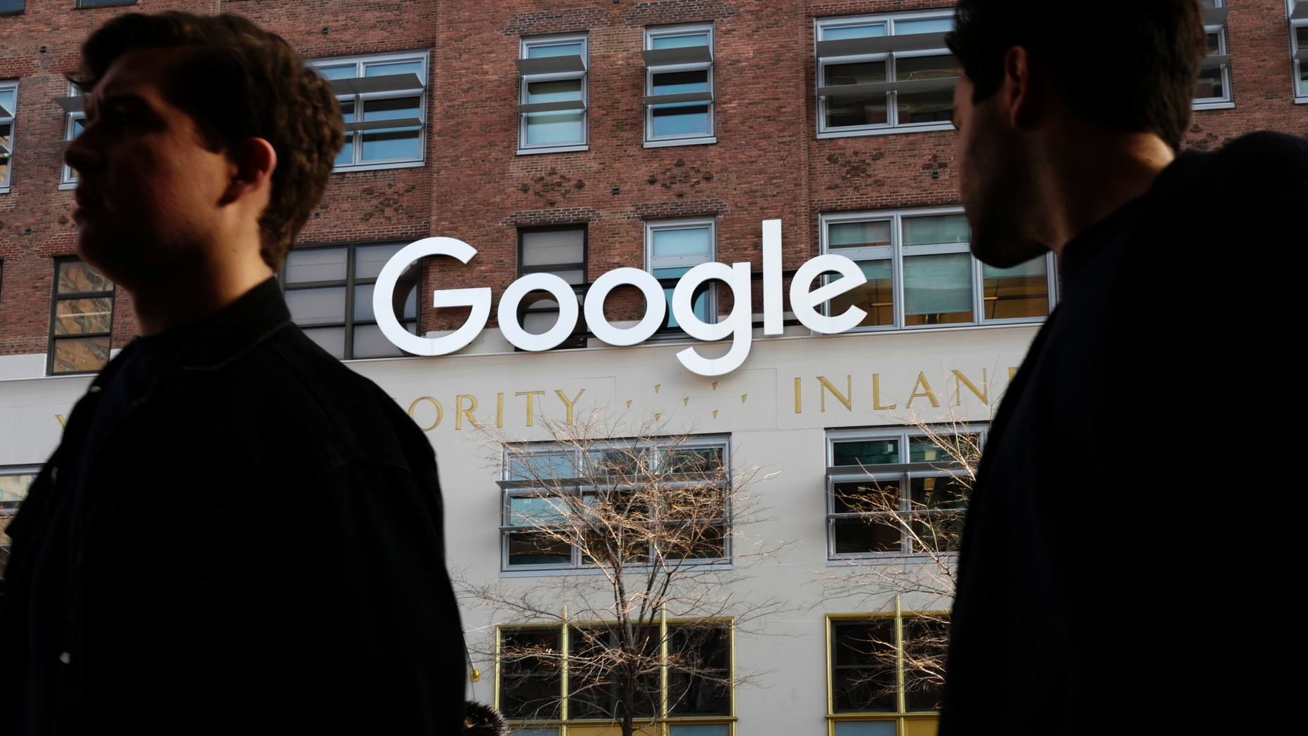 Google to spend $1 billion on new campus in New York