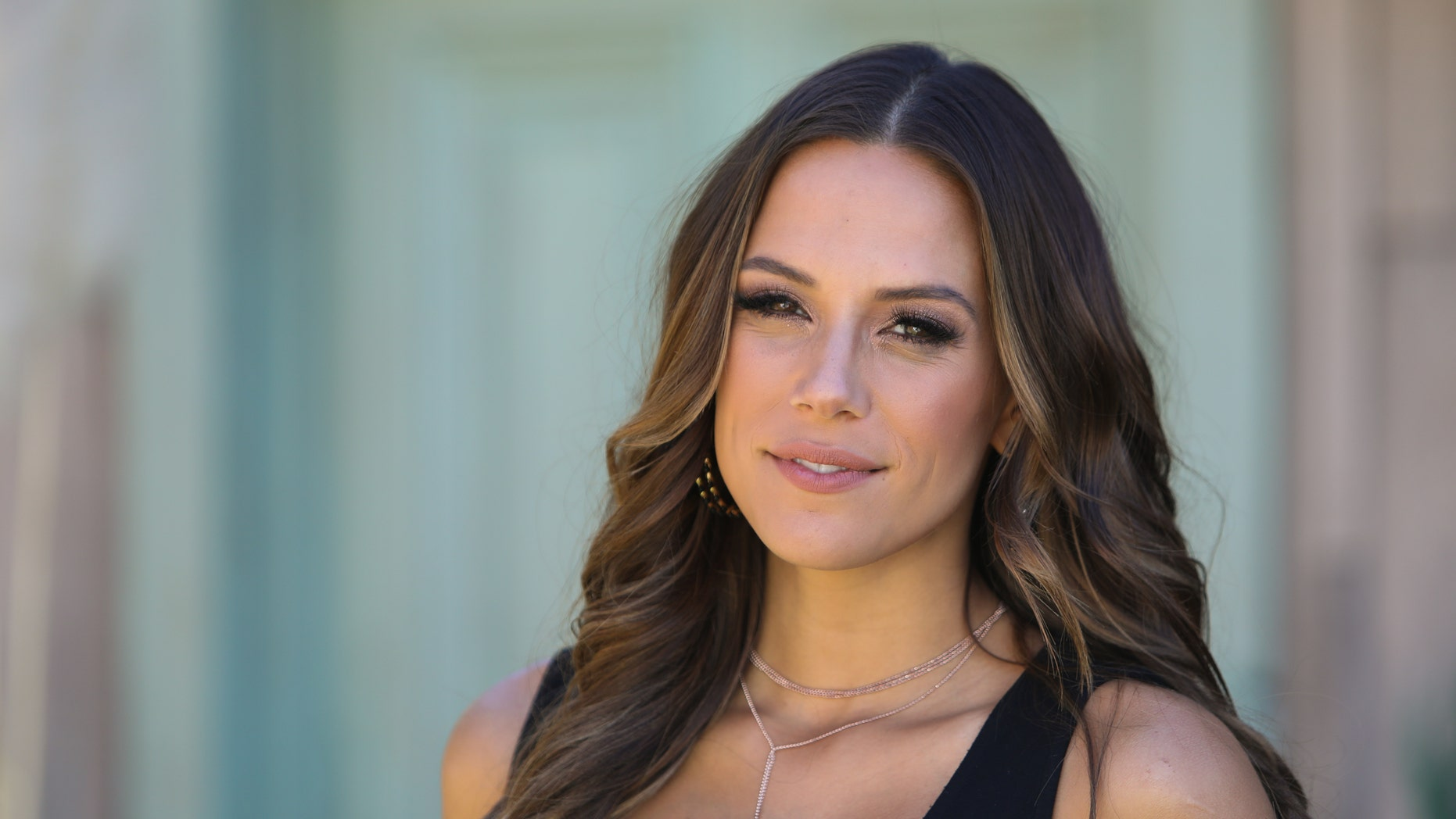 Jana Kramer vented her frustration with body critics following her pregnancy.