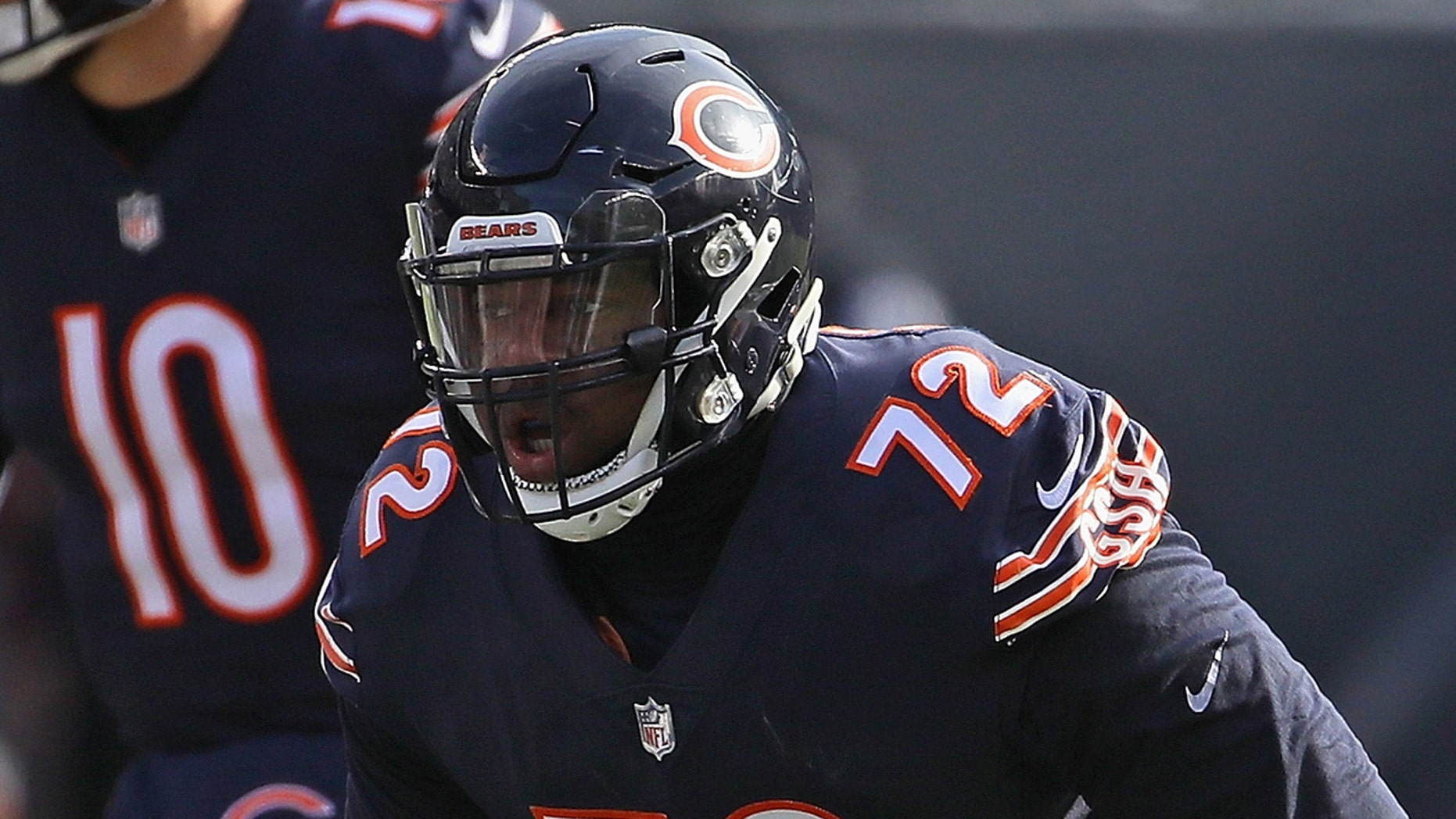 Charles Leno Jr. proposed to his girlfriend after his Chicago Bears defeated the Green Bay Packers to clinch the NFC North division title.