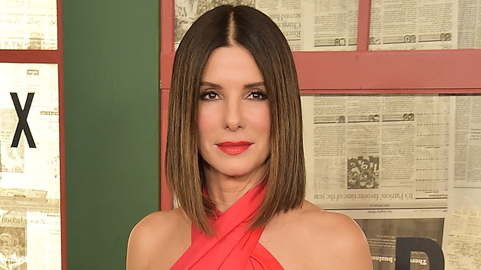 Sandra Bullock opens up about losing her father, 2 dogs and