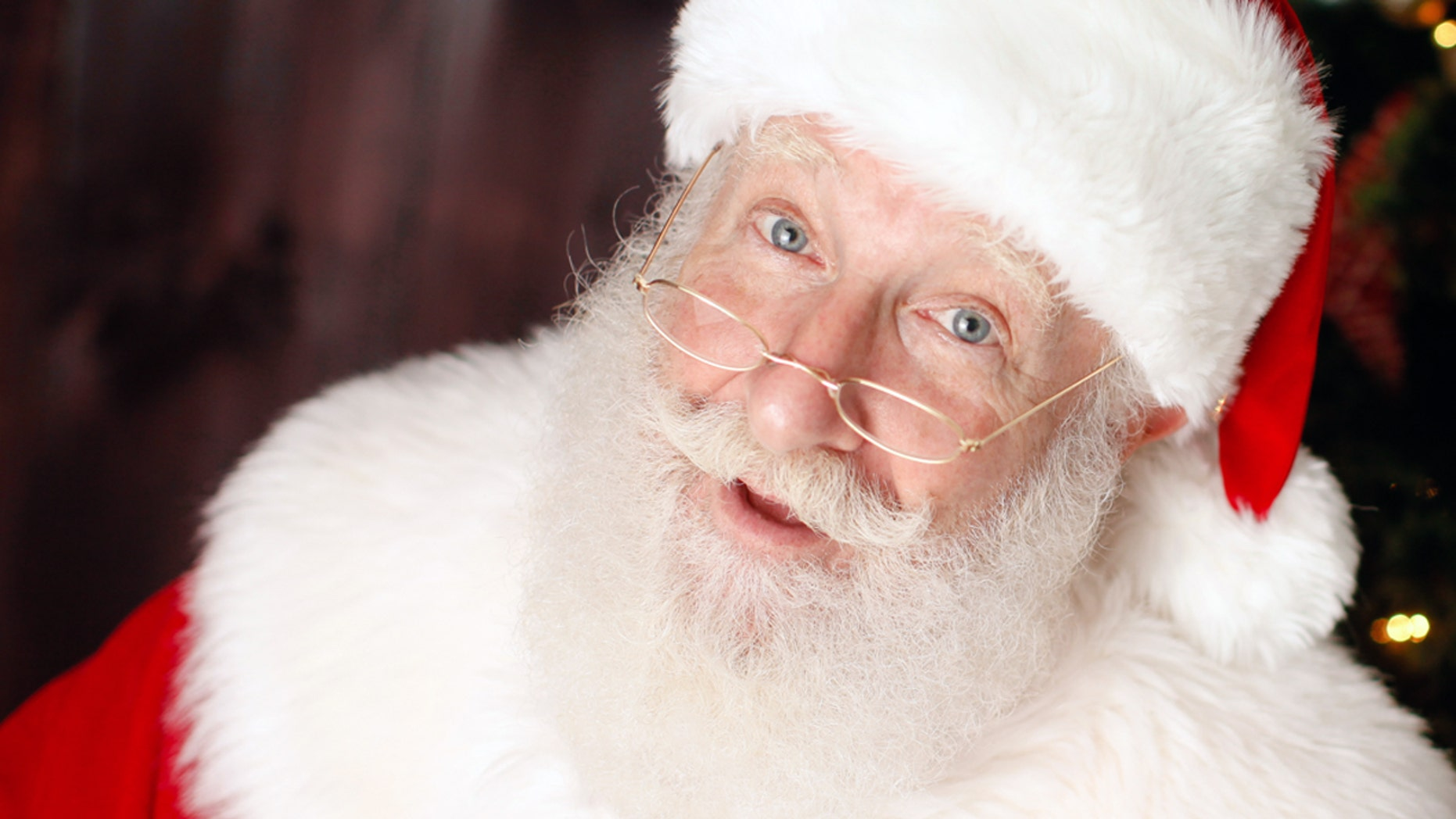 Rick Rosenthal is an orthodox Jew and a full-time Santa and he wouldn't have it any other way.