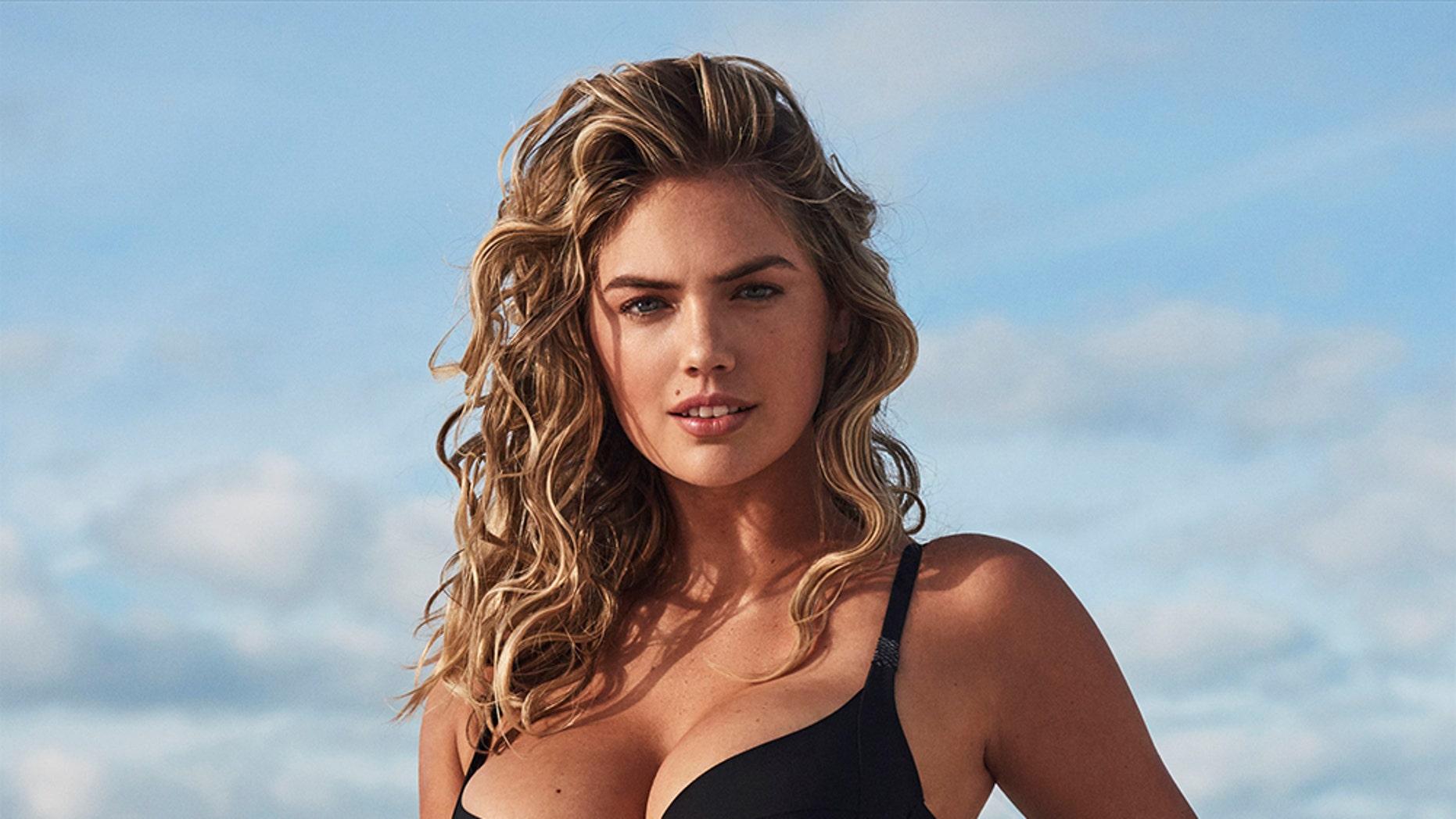 MARIA: Hot Bikini Models Stripping