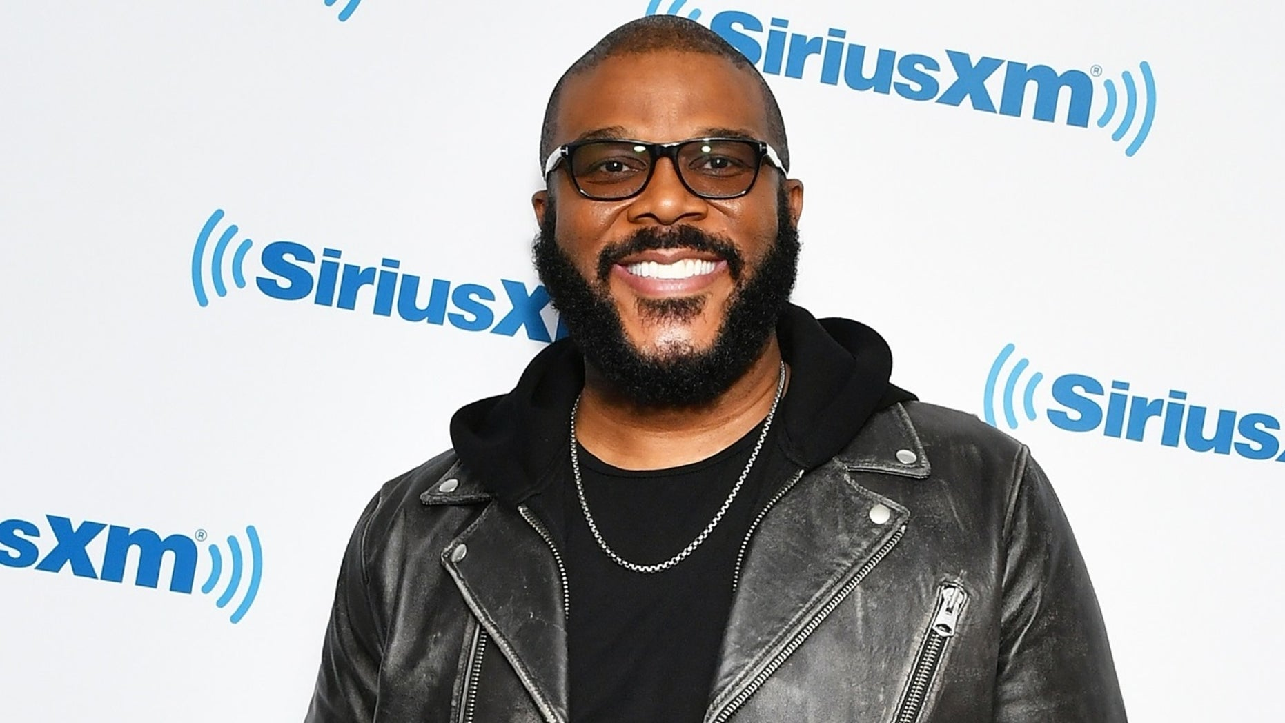 Tyler Perry paid off more than $400,000 worth of layaways at two Georgia Walmart stores.