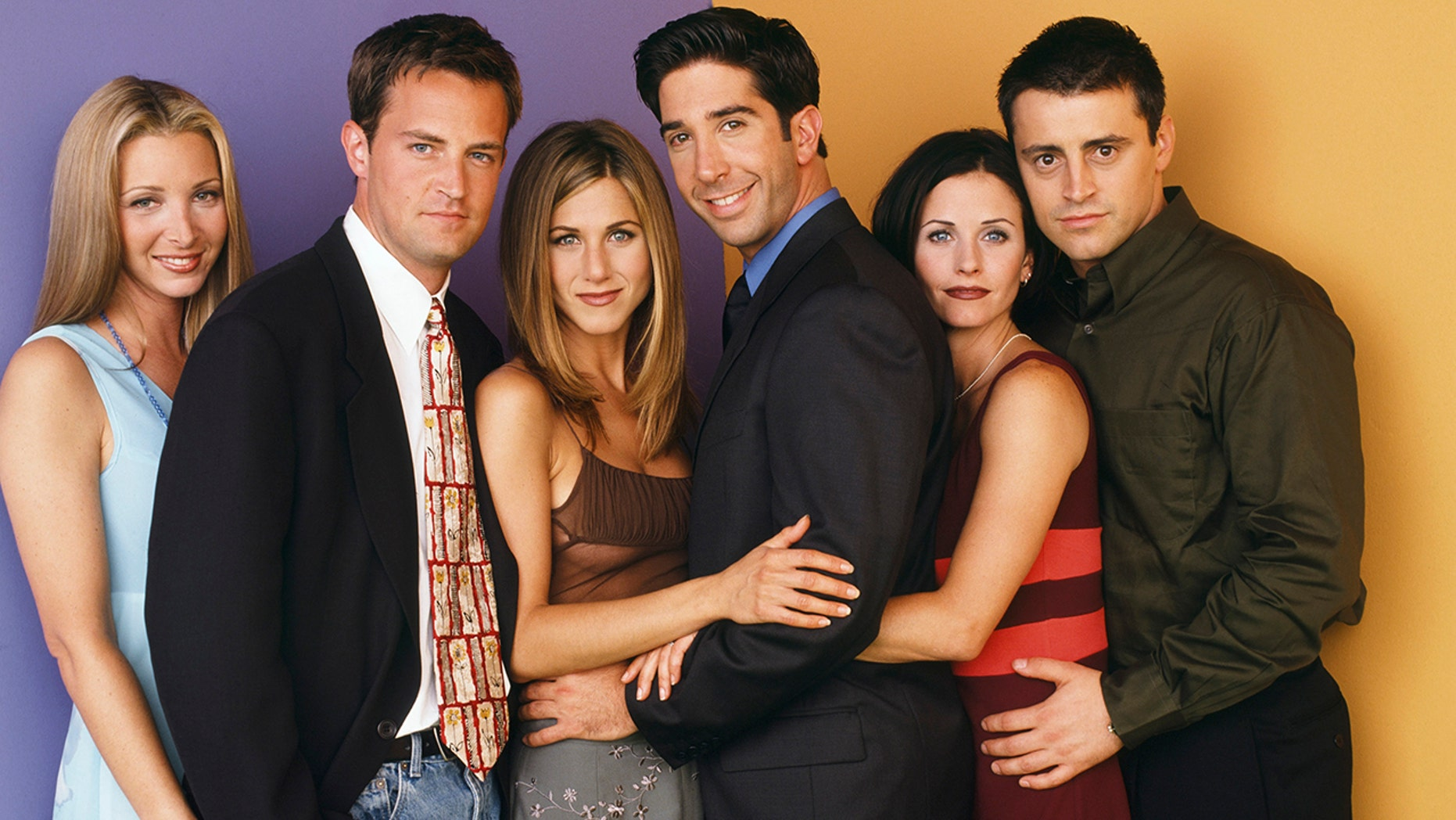 "The cast of ""Friends"" pictured: (l-r) Lisa Kudrow as Phoebe Buffay, Matthew Perry as Chandler Bing, Jennifer Aniston as Rachel Green, David Schwimmer as Ross Geller, Courteney Cox as Monica Geller, Matt LeBlanc as Joey Tribbiani."