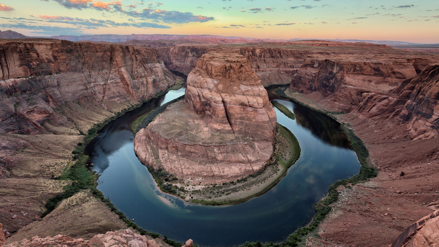 A California girl plunged off of Horseshoe Bend On the Colorado River. (Getty Images)
