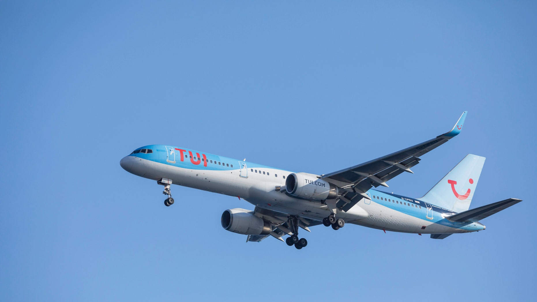 A TUI passenger called out a fellow passenger over her size on Facebook.