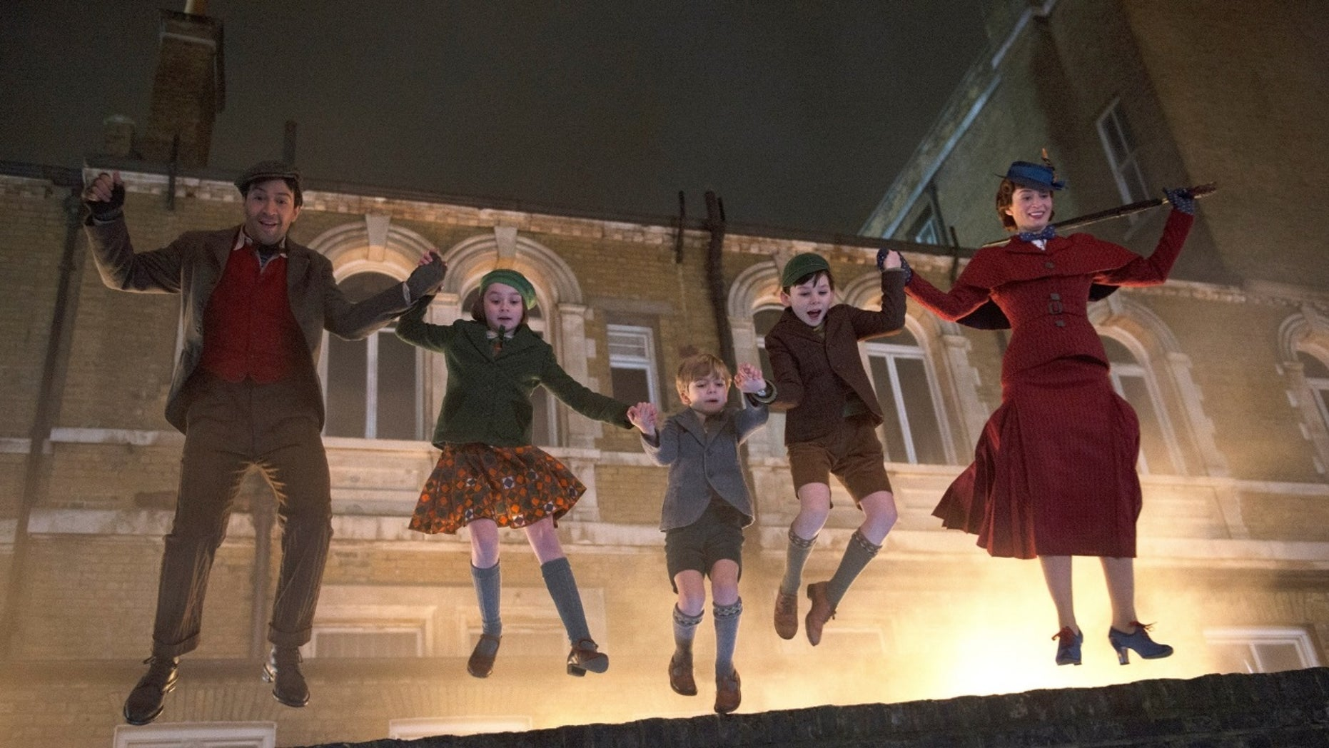"The cast of ""Mary Poppins Returns"" defends the music in the movie."