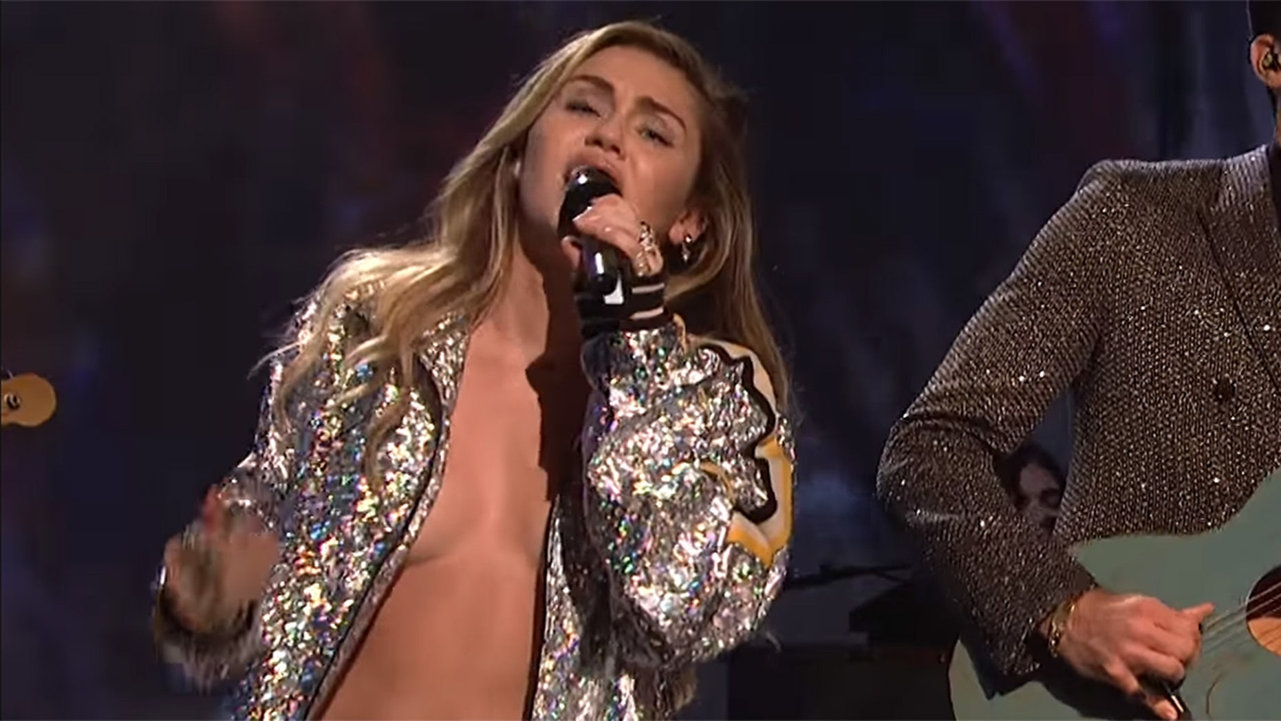 Miley Cyrus Showed Off A Lot Skin During 'SNL'