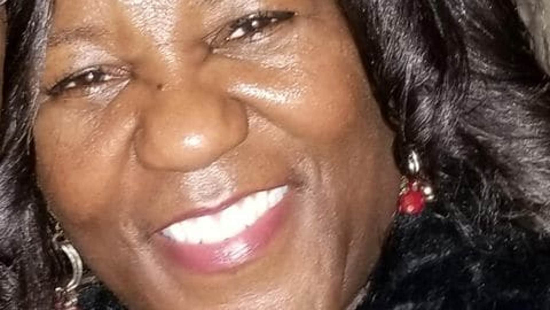 Jacquelyn Smith, 52, was fatally stabbed early Sunday after giving income to a lady who seemed to be a panhandler.