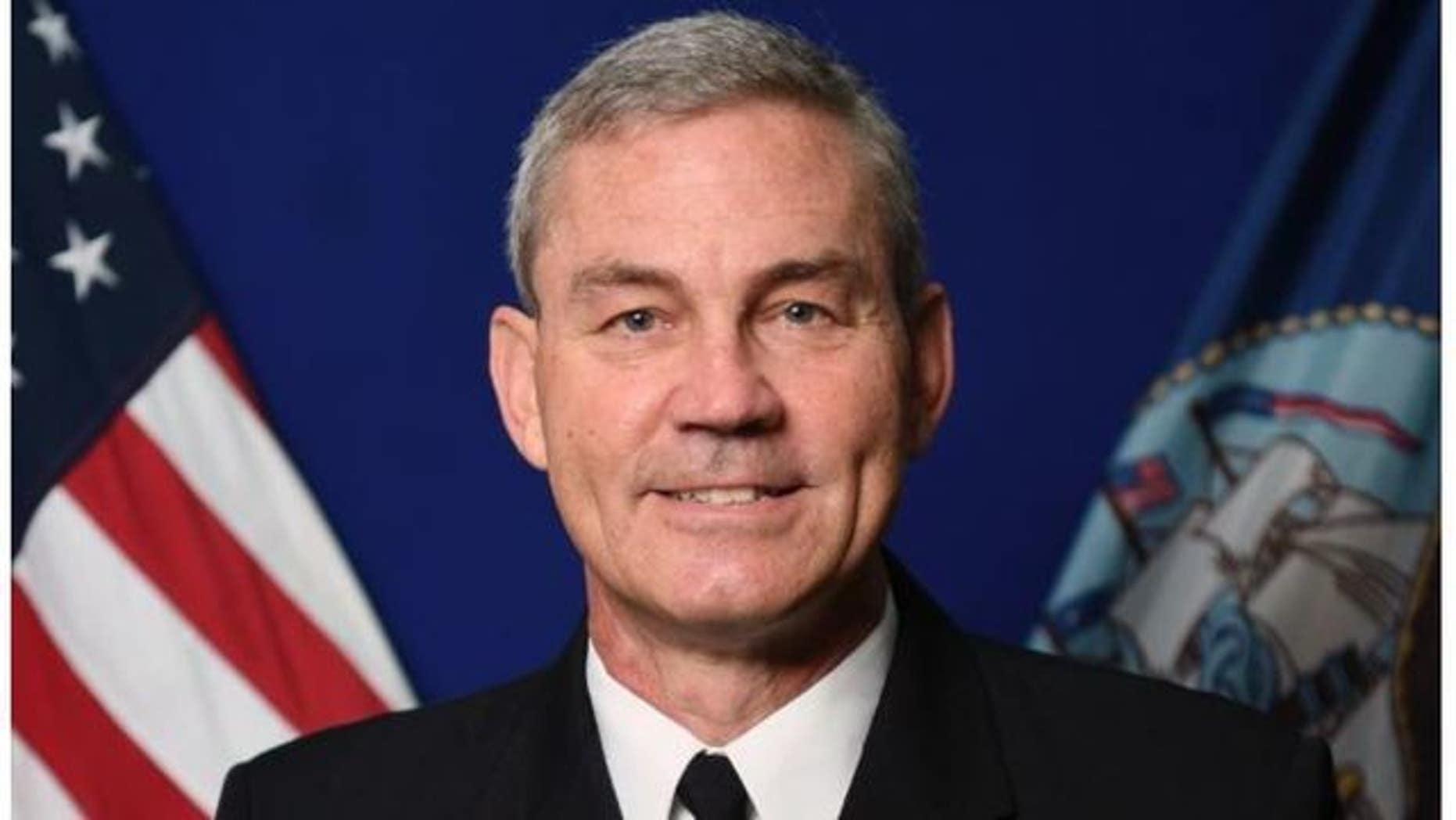 El vicealmirante Scott Stearney, comandante de la Quinta Flota de los Estados Unidos, había servido en la Marina desde 1982, según informes. (Marina de los Estados Unidos)