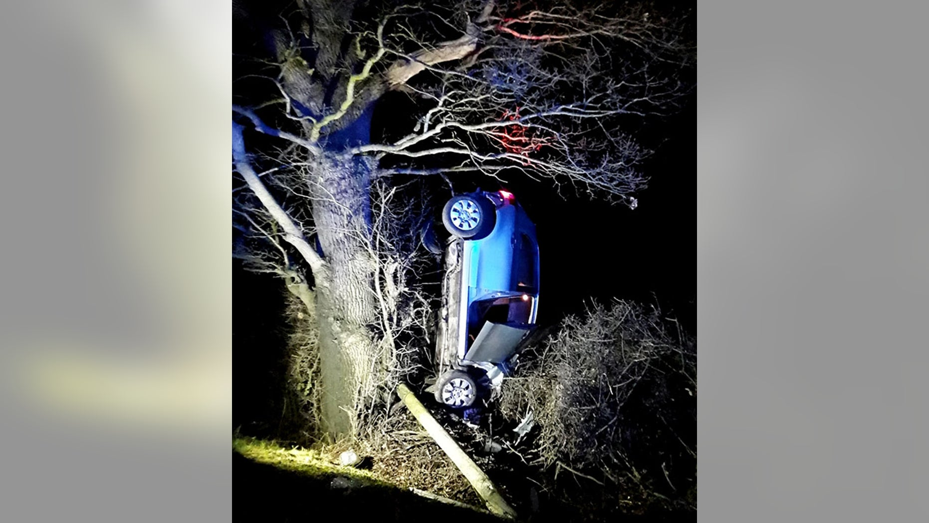 Breathalyzer For Car >> Car found hanging from tree after drunk driving crash ...