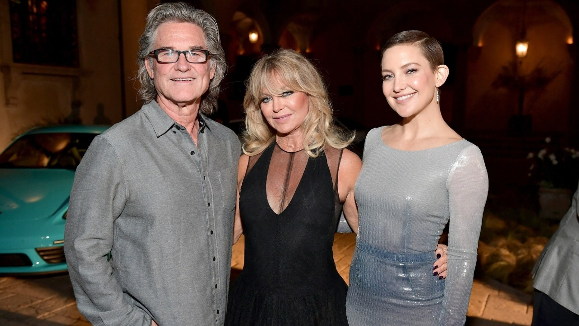 Kate Hudson shares cute snap of Goldie Hawn, Kurt Russell ...