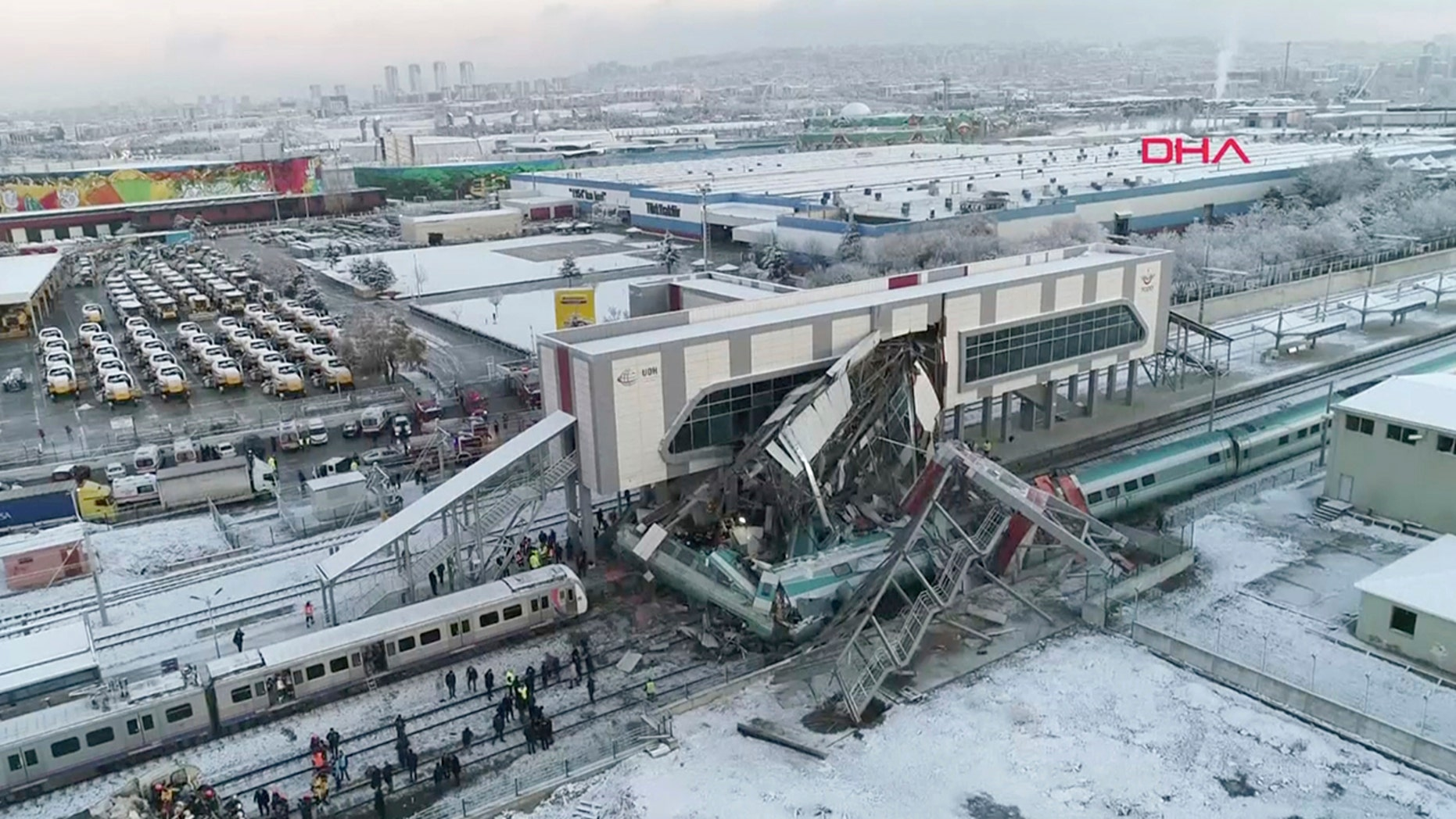 Harrowing drone footage shows the aftermath of DEADLY collision — Turkey rail CRASH