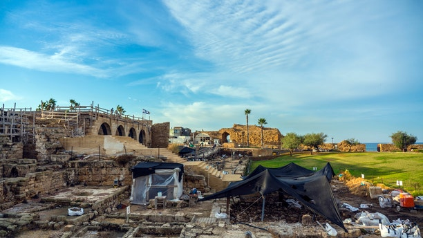 Caesarea Maritima, general view of the archaeological excavations (Photo: Yaakov Shimdov, Israel Antiquities Authority).