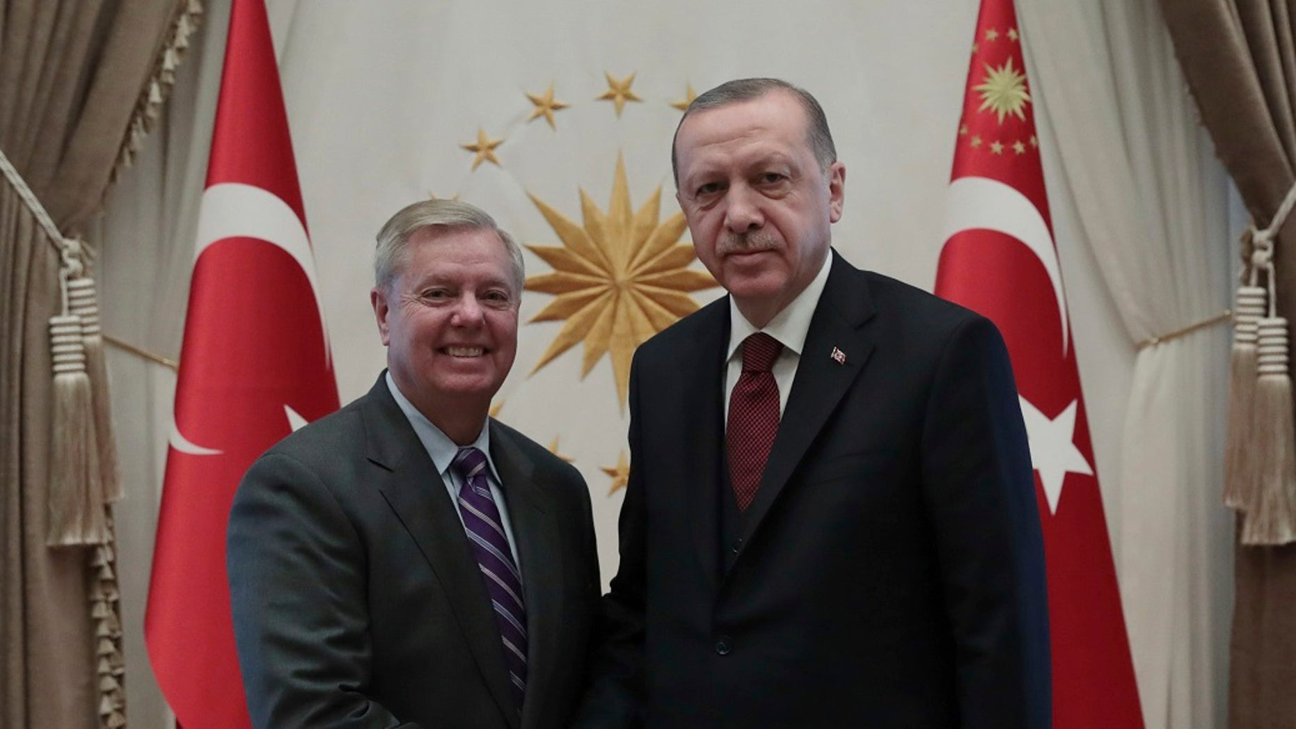 U.S. Sen. Lindsey Graham, R-S.C., left, meets with Turkey's President Recep Tayyip Erdogan, in Ankara, Turkey, Jan. 18, 2019. (Presidential Press Service via AP, Pool)