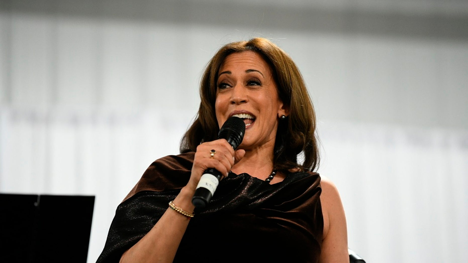 Sen. Kamala Harris went shopping on Saturday with a group of reporters who are covering her 2020 presidential campaign. (AP Photo/Meg Kinnard)