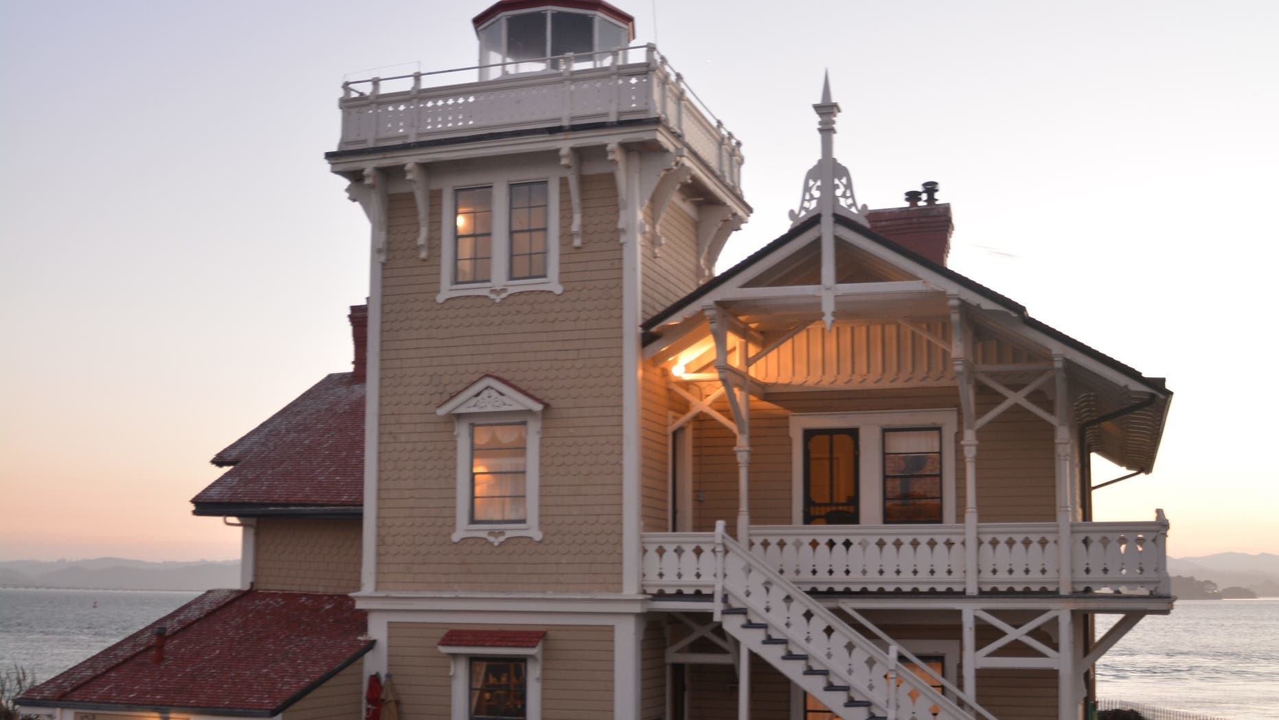 A lighthouse in the San Francisco bay is looking for new keepers.