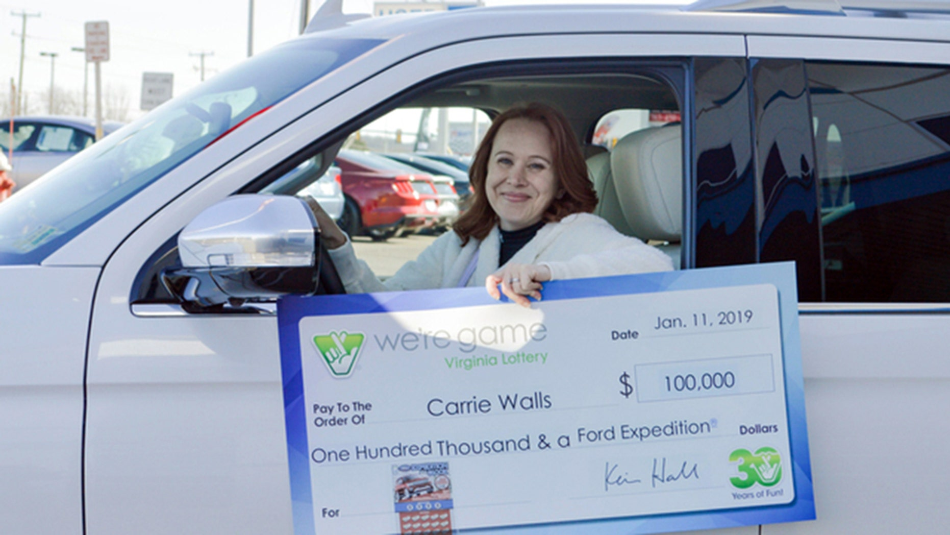Loudoun County woman impacted by shutdown wins $100K in Virginia lottery