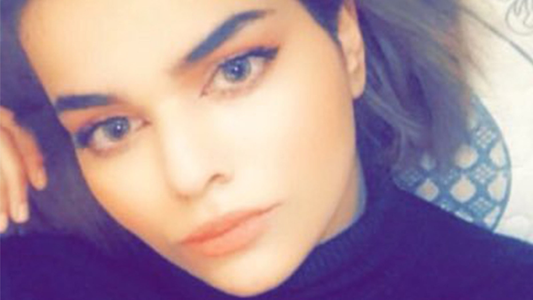 Rahaf Mohammed Alqunun, 18, is pleading for help as officials in Thailand try to return her to her family, who she claims will kill her.