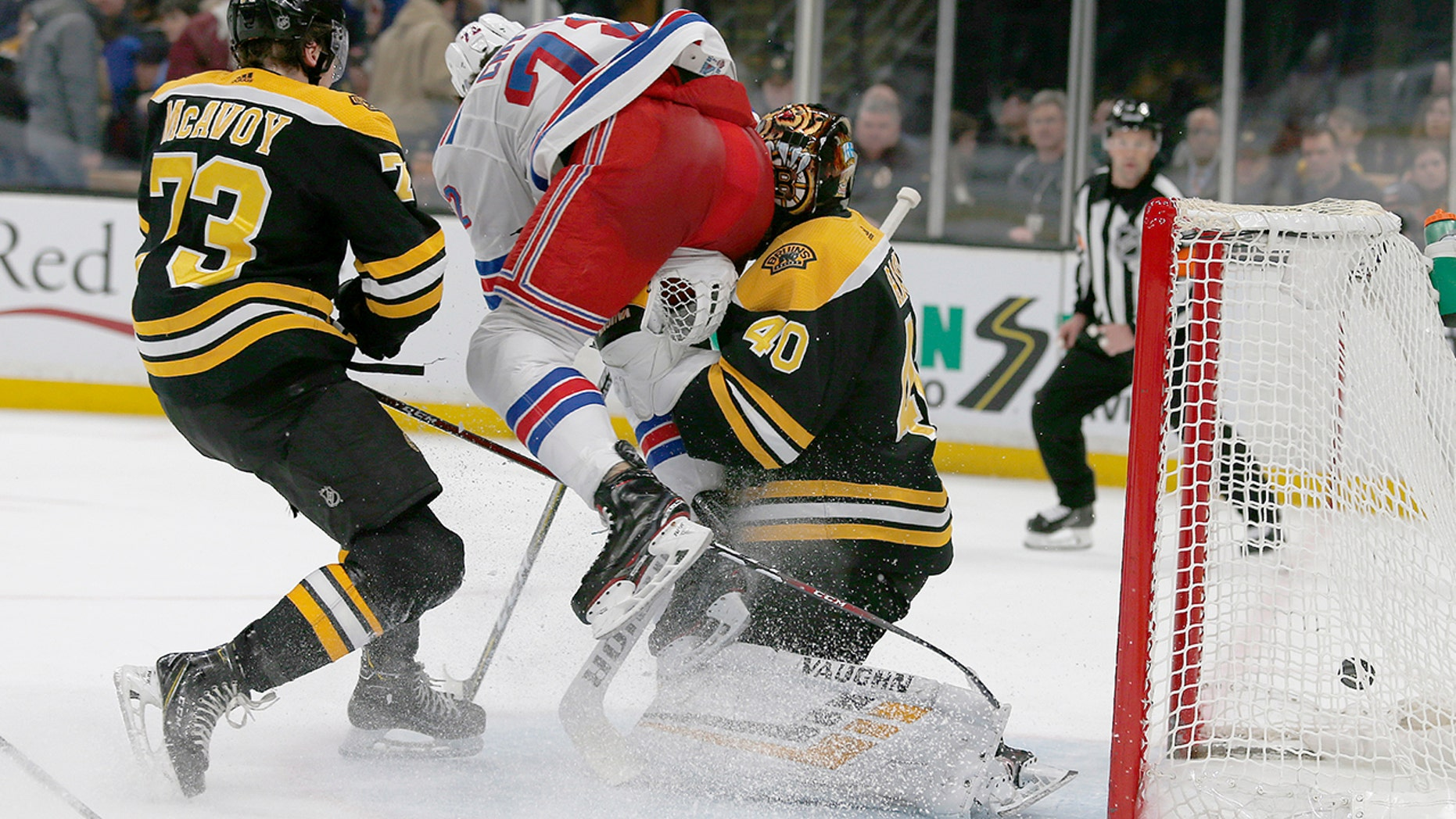 Boston Bruins Goalie Tuukka Rask Leaves Nhl Game With Concussion