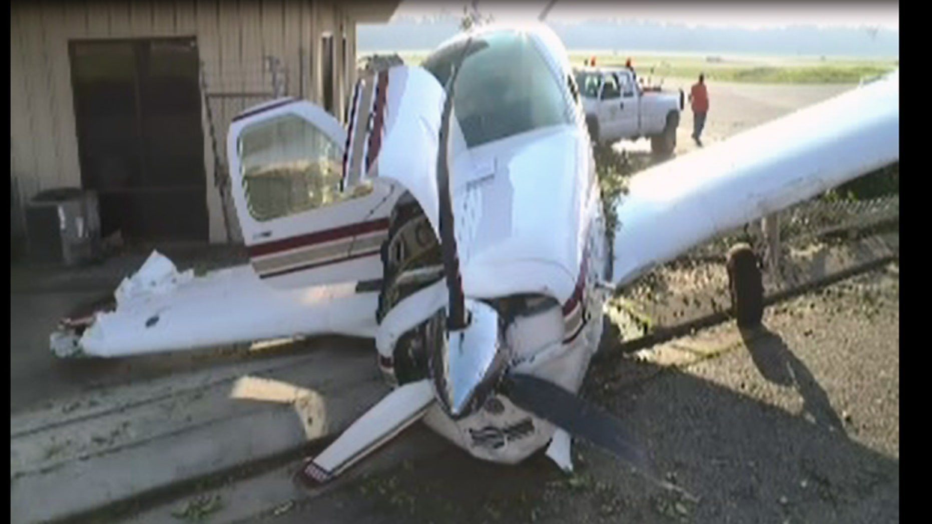 Small plane crashes at California airport with nobody inside | Fox News