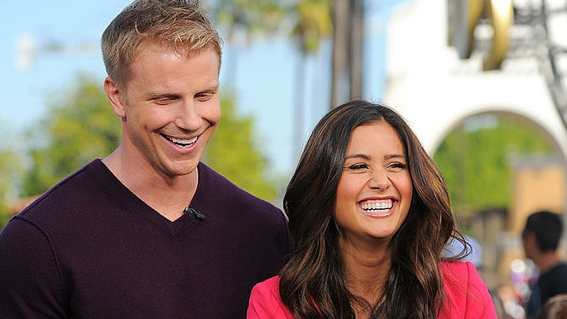 Sean and Catherine Lowe are inviting people to join them at Subway in Dallas for Valentine's Day.