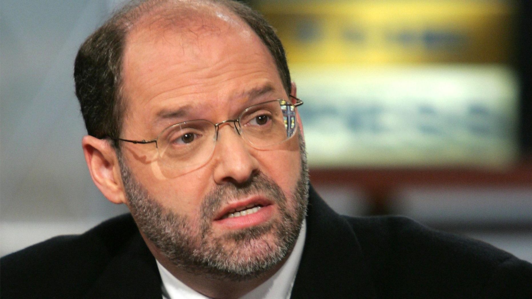 El analista militar de NBC News, William Arkin, renunció con una carta mordaz. (Alex Wong / Getty Images, archivo)