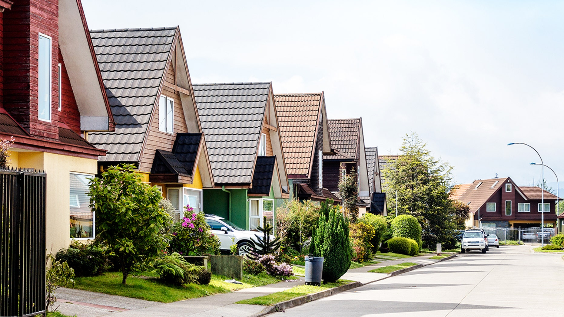 Look for these 7 red flags before determining on a neighborhood.