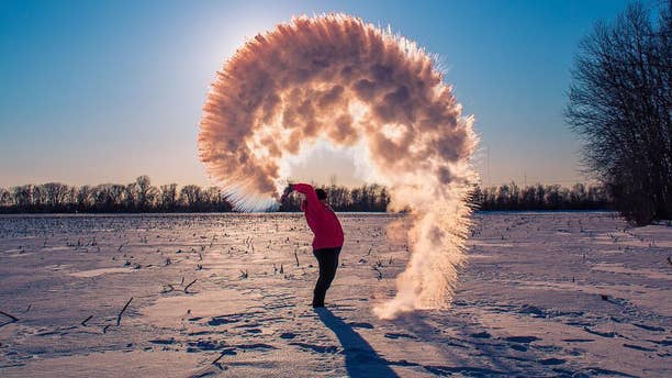 "A photographer shares a stunning photo of the ""Boiling Water Challenge"" in Porage, Indiana."