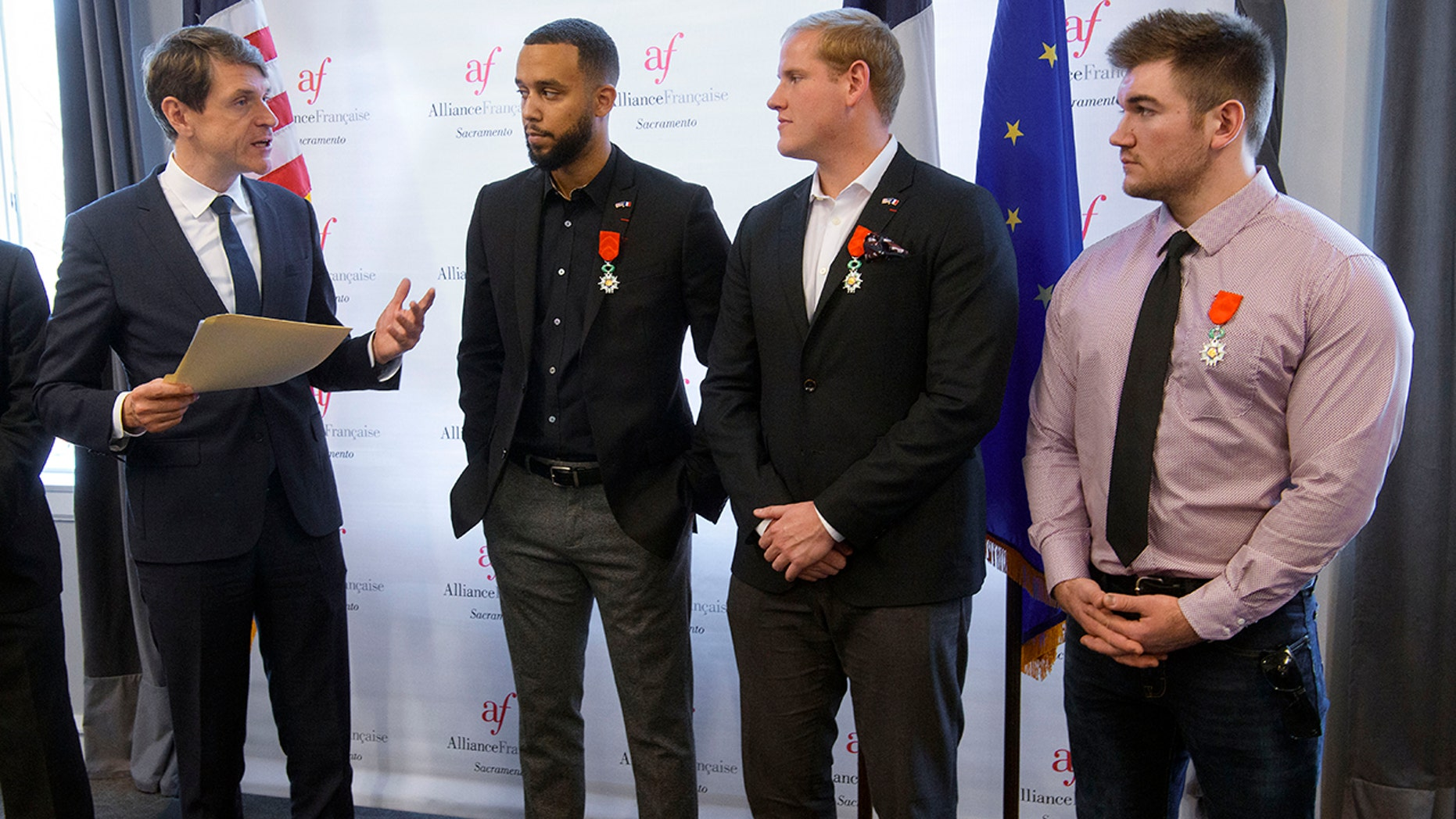 Paris train attack heroes awarded French citizenship | Fox News