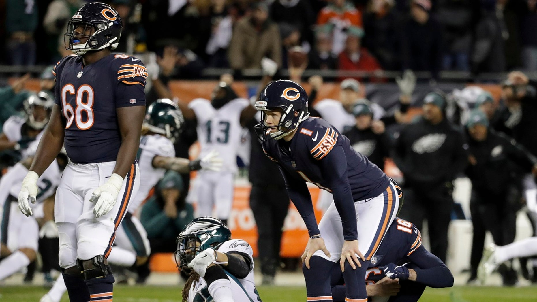 Chicago Bears kicker Cody Parkey (1) reacts after missing a field goal in the closing minute of the team's NFL wild-card playoff loss to the Philadelphia Eagles in Chicago, Jan. 6, 2019. (Associated Press)