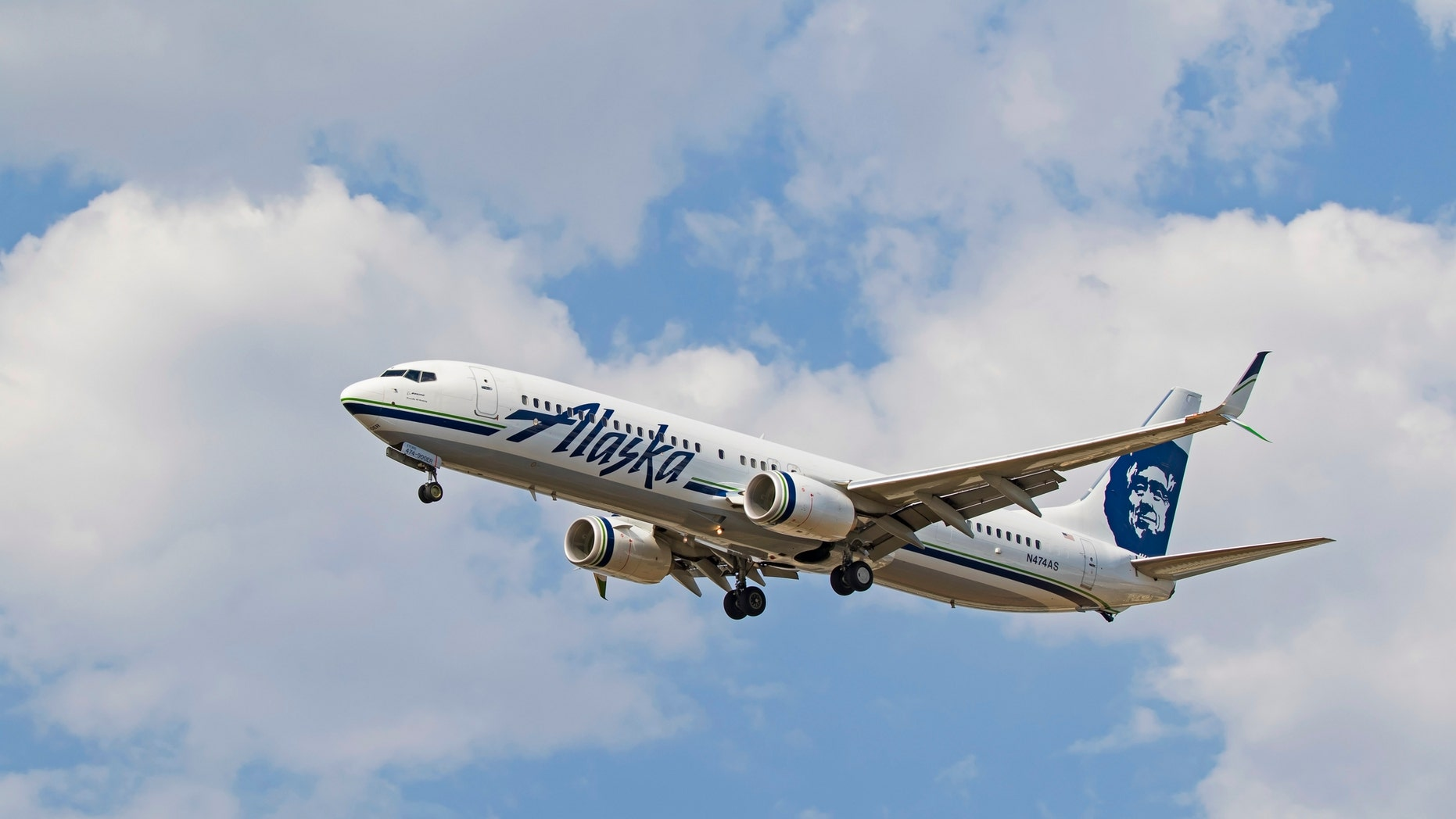 A total of 12 passengers and crew members were reportedly treated upon landing.