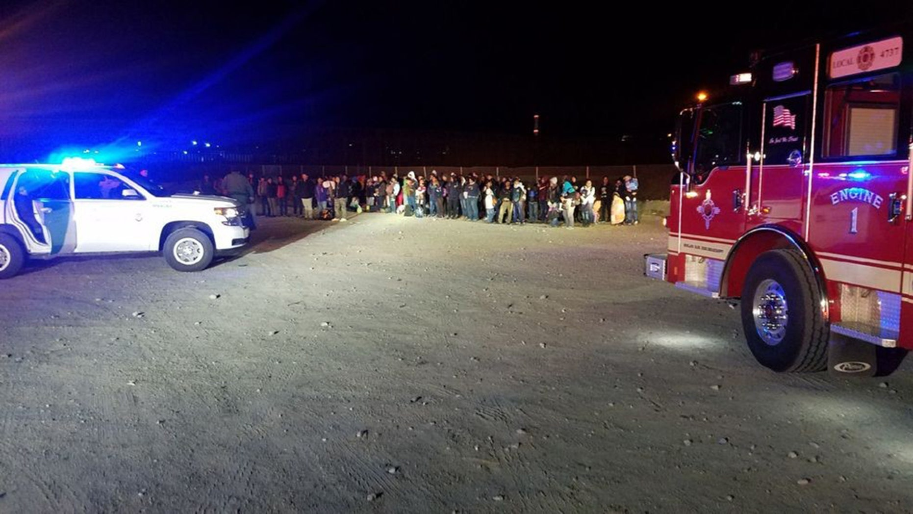 U.S. New Mexico Customs and Border Protection agents arrested 180 illegal immigrants crossing the United States from Mexico.
