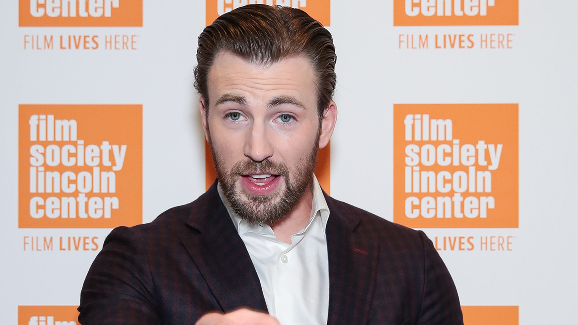 Chris Evans slammed Donald Trump on Twitter over jab at global warming.