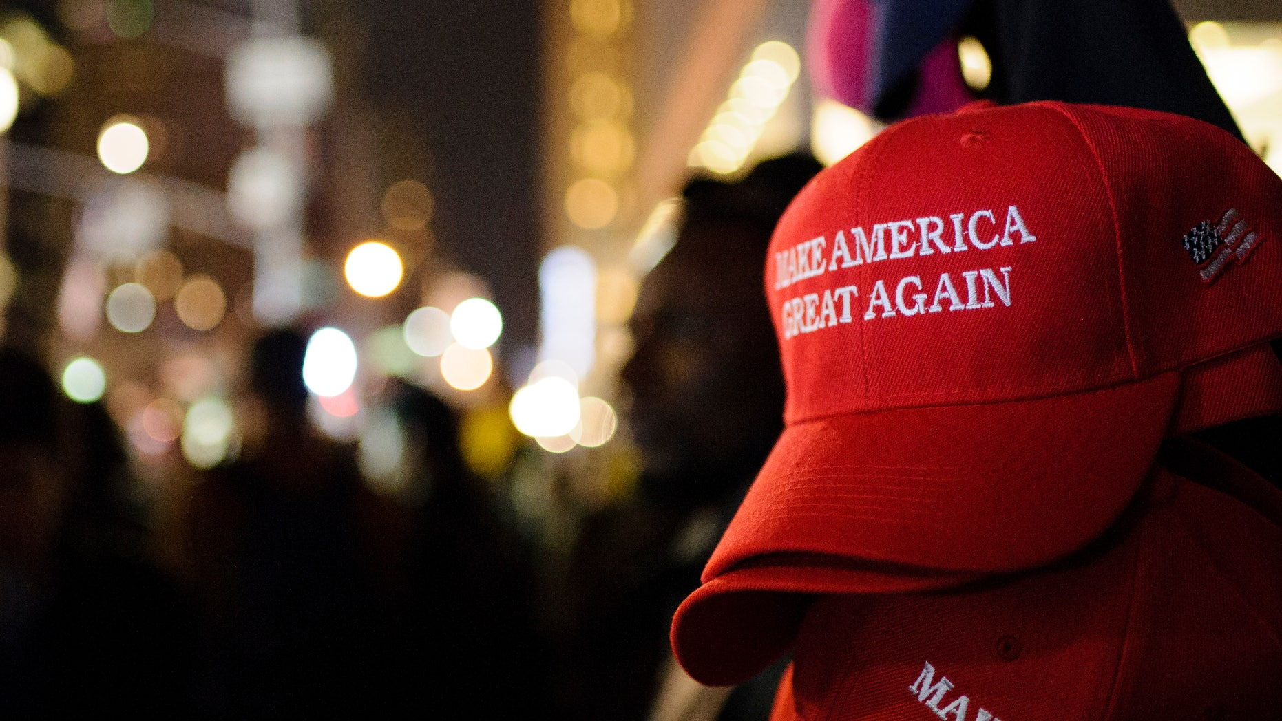 California restaurant owner bans 'Make America Great Again' hats