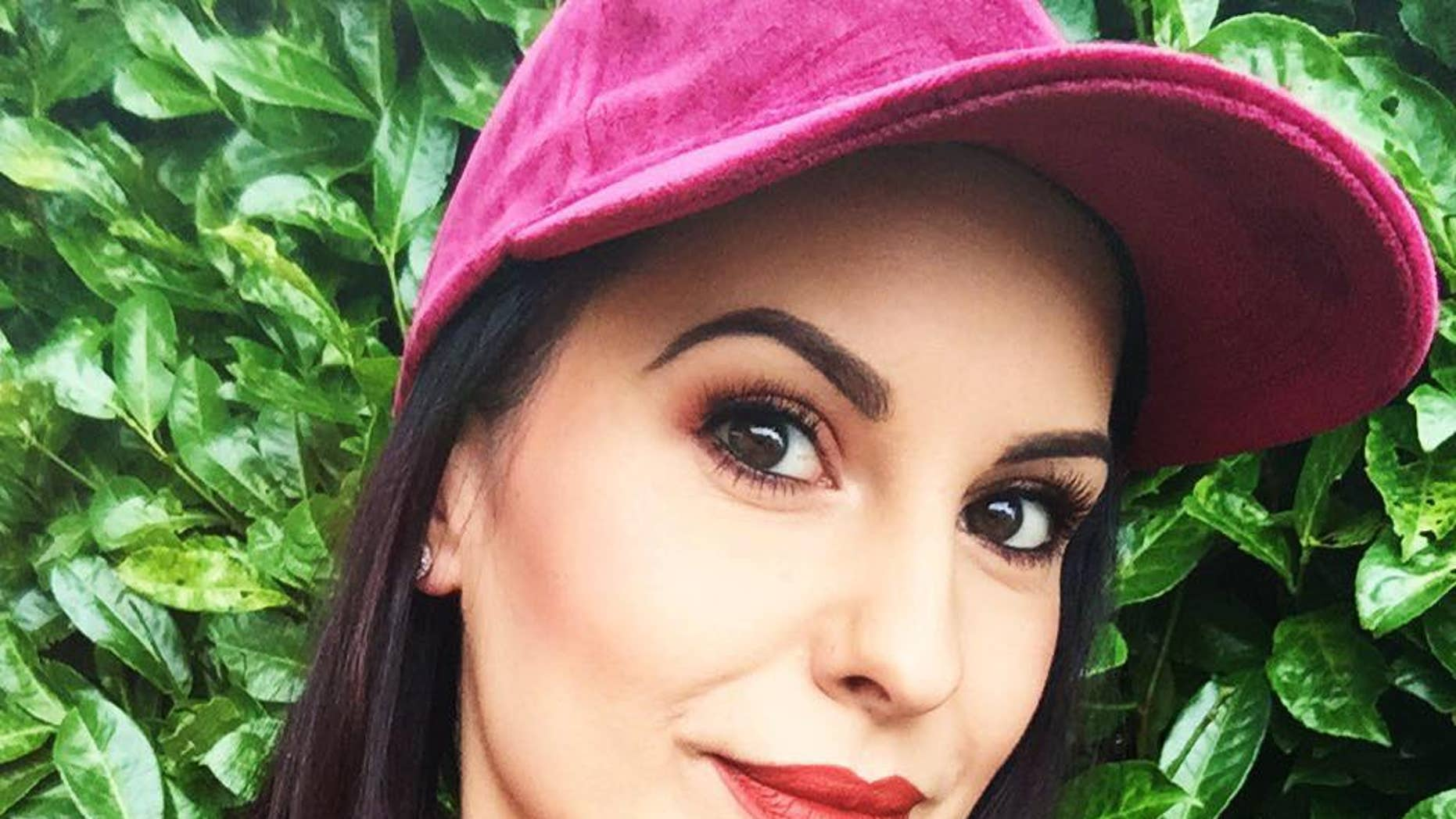 """Monika Nos, a 29-year old beautician in Britain described by her loved ones as """"positive, open and happy,"""" has reportedly been suffering from depression that led to her death in October. (Facebook"""