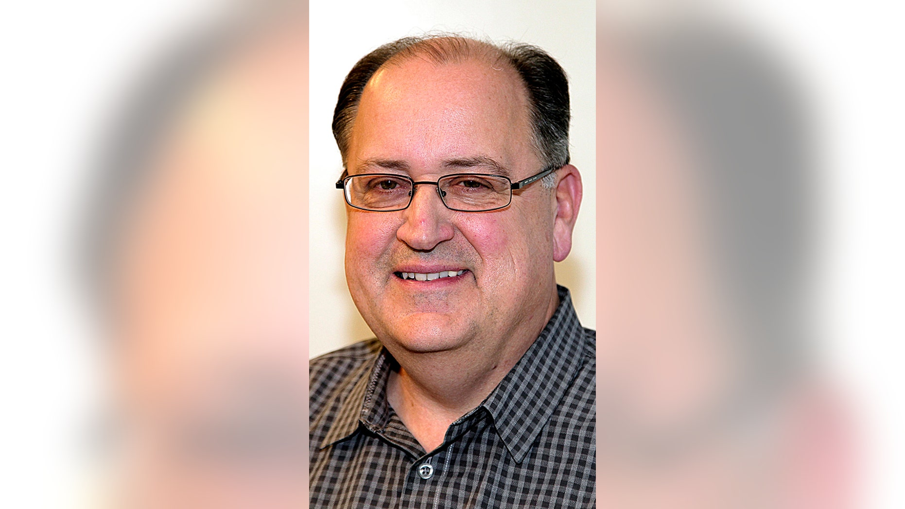 Longtime Boston Globe baseball writer Nick Cafardo has died after collapsing at the Red Sox's spring training ballpark. He was 62.