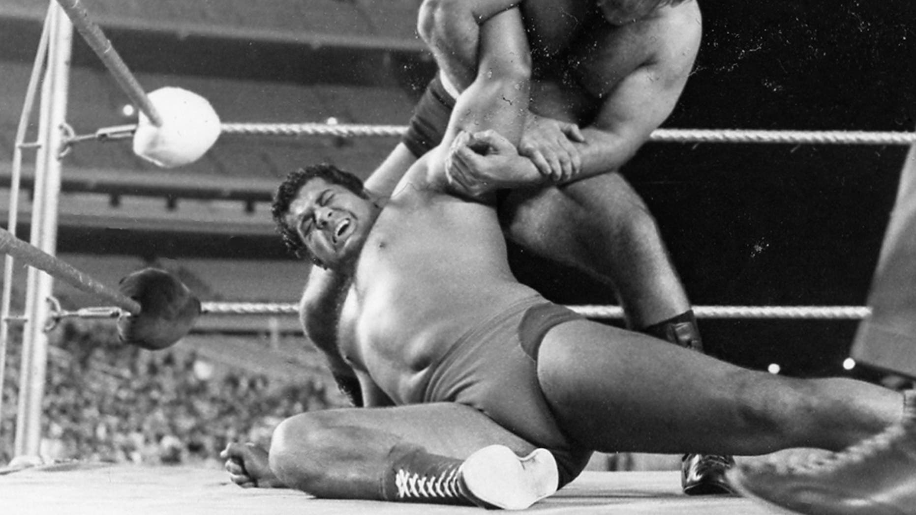 "Former WWF champion Pedro Morales dies at the age of 76. Bruno Sammartino and Pedro Morales fight on September 30, 1<div class=""e3lan e3lan-in-post1""><script async src=""//pagead2.googlesyndication.com/pagead/js/adsbygoogle.js""></script>