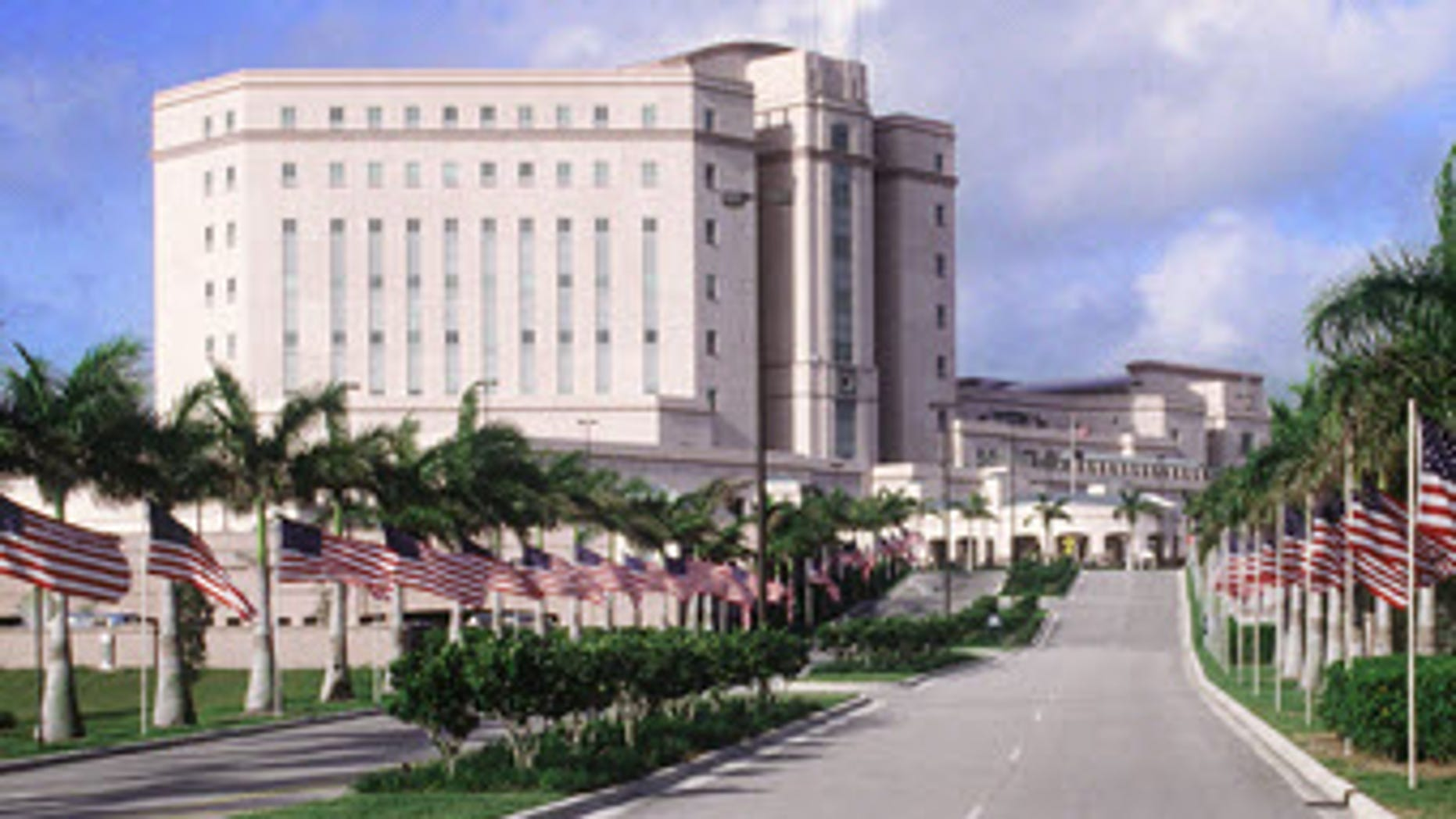 A doctor at the West Palm Beach VA Medical Center was shot in the neck by a patient Wednesday night.