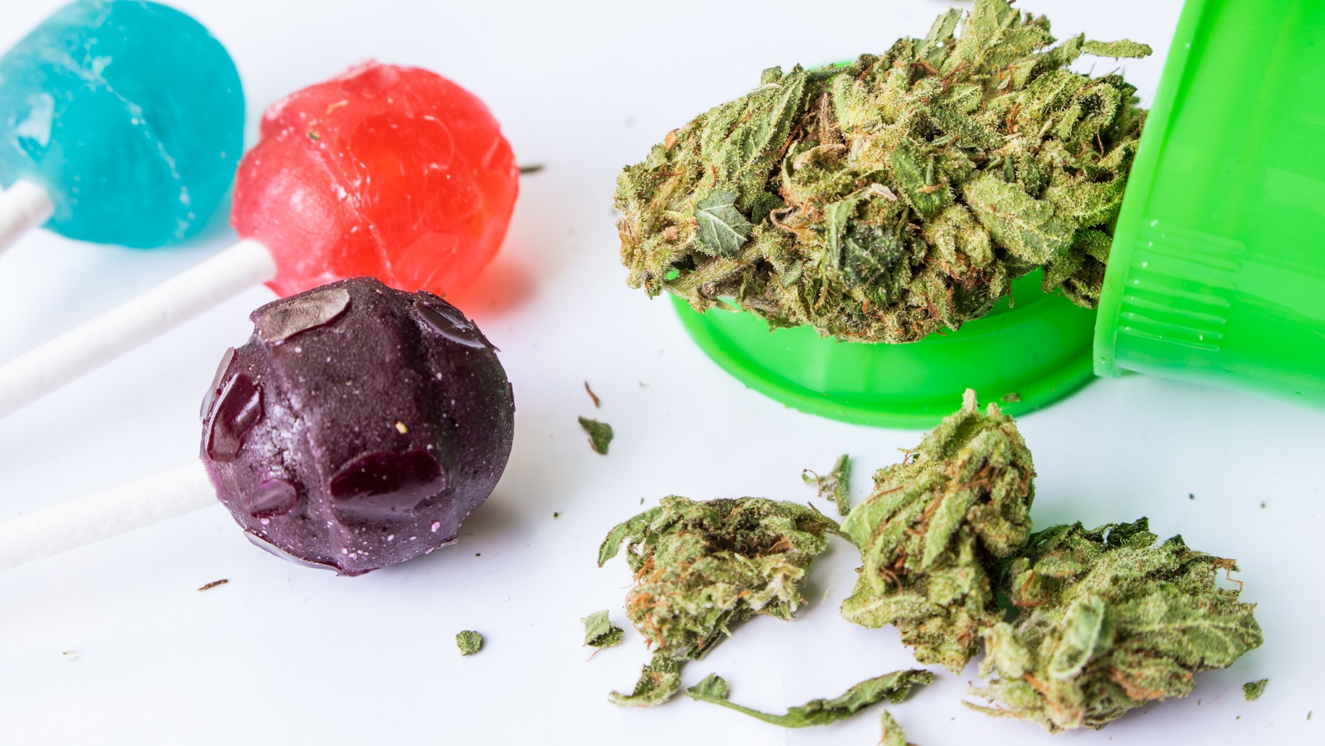 The 70-year-old man decided to tryedible marijuanato see if it would reduce the pain from his osteoarthritis and help him sleep.