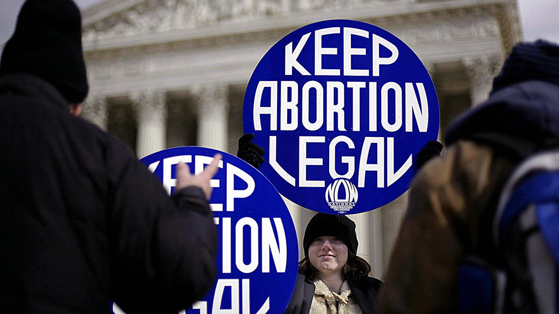 Abortion supporters at the Supreme Court as several states push abortion bills. (TIM SLOAN/AFP/Getty Images)